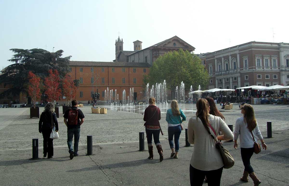 Student explore USAC's newest program location: Reggio Emilia, Italy.