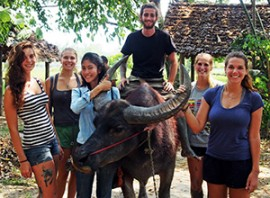 group-pic-with-buffalo-thmb