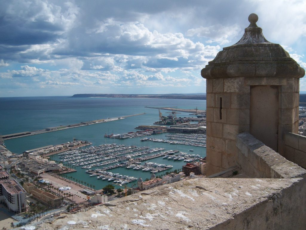 Alicante harbor from the castle (Karen Maass) pd