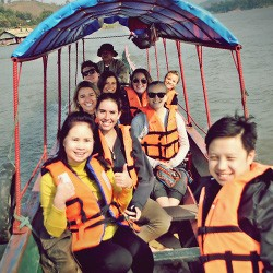 thailand feature image students on boat