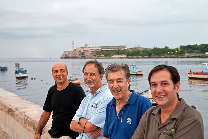 Dr. Matos (left) with other USAC staff in Havana.