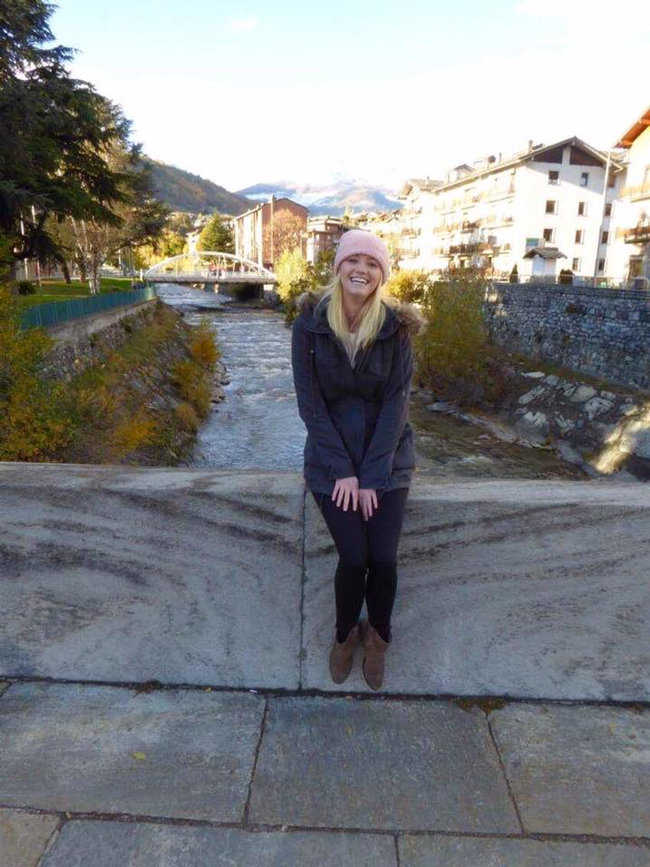 Sitting on the bridge in Italy