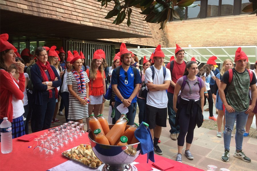 16 Examples of Students Embracing International Education