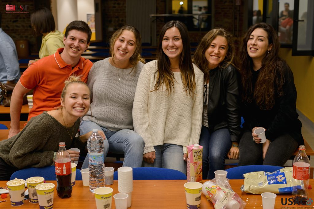 USAC Verona students participate in movie nights with Italian students