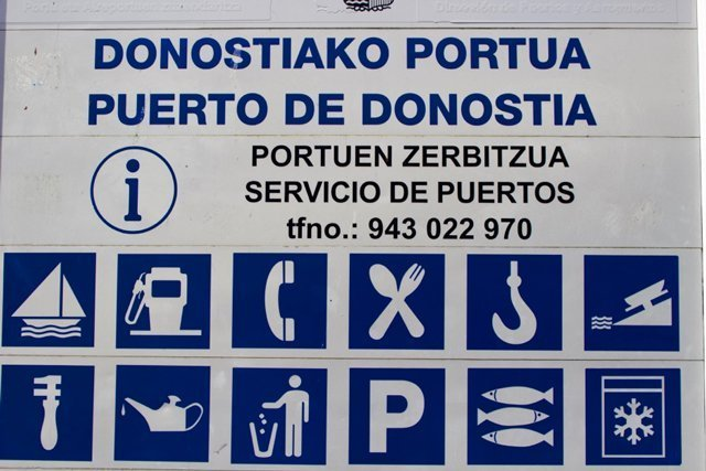 Sign in Basque and Spanish