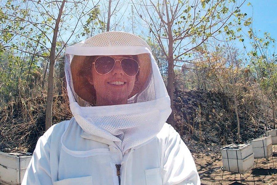 selena-easley-bee-internship-in-costa-rica