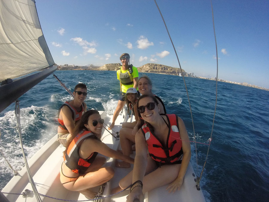 USAC Alicante students in the Sailing the Mediterranean Sea class
