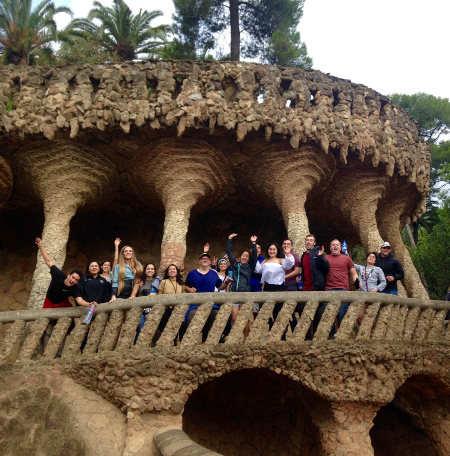 Students studying abroad in Valencia take a field trip to Barcelona