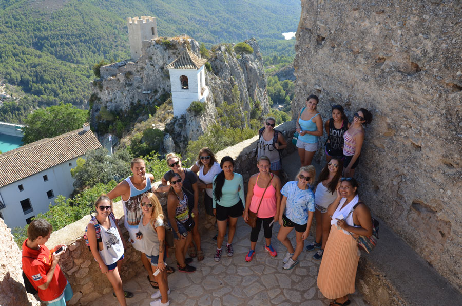 USAC students on field trip to Guadalest for USAC Alicante study abroad program