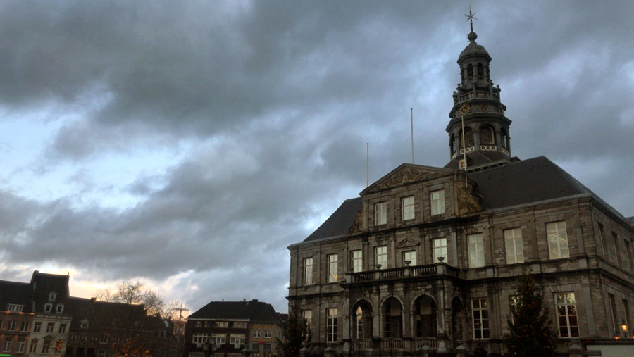 A picture of Town Hall in Maastricht. Study abroad in Maastricht