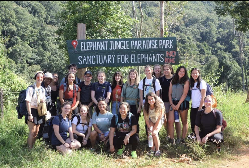 A group of students gather in Chiang Mai Thailand during a study abroad
