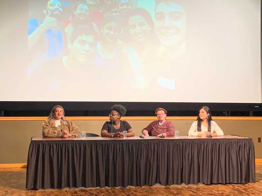USAC alumni participate in a panel discussion on studying abroad as an underrepresented student