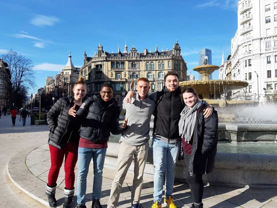 Students studying abroad in Bilbao, Spain through USAC